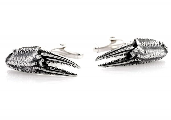 Crab claw cufflinks with swivel backs.
