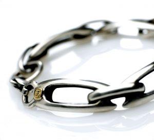 Silver Lozenge bracelet 18ct. makers badge