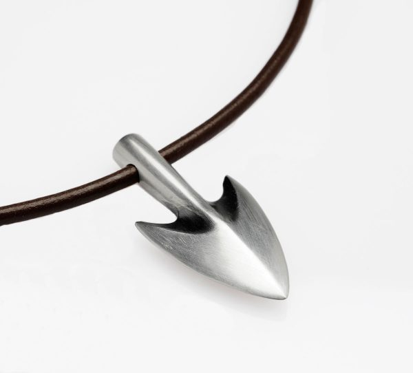 Arrow head necklace on 20 inch leather cord